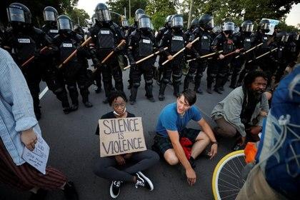 Esta es la tercera semana consecutiva de protestas (Foto: REUTERS/Jonathan Drake)