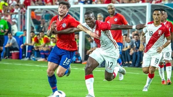 Perú goleó a Chile en el amistoso de Miami