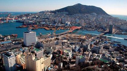 En Corea del Sur se encuentra la ciudad de Busán, una de las más imponentes en la región