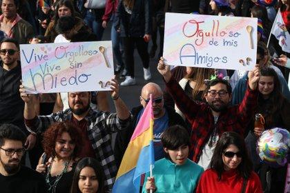 Marcha del orgullo LGBT en Chile en junio pasado EFE/ Alberto Valdes