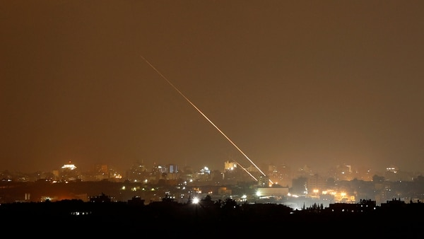 Misil lanzando desde Gaza. (Reuters)