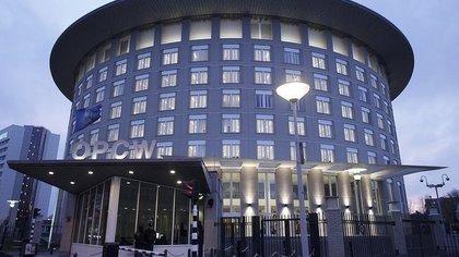 EEUU instó al régimen de Al-Assad a cooperar con la OPAQ y renunciar a su programa de armas químicas