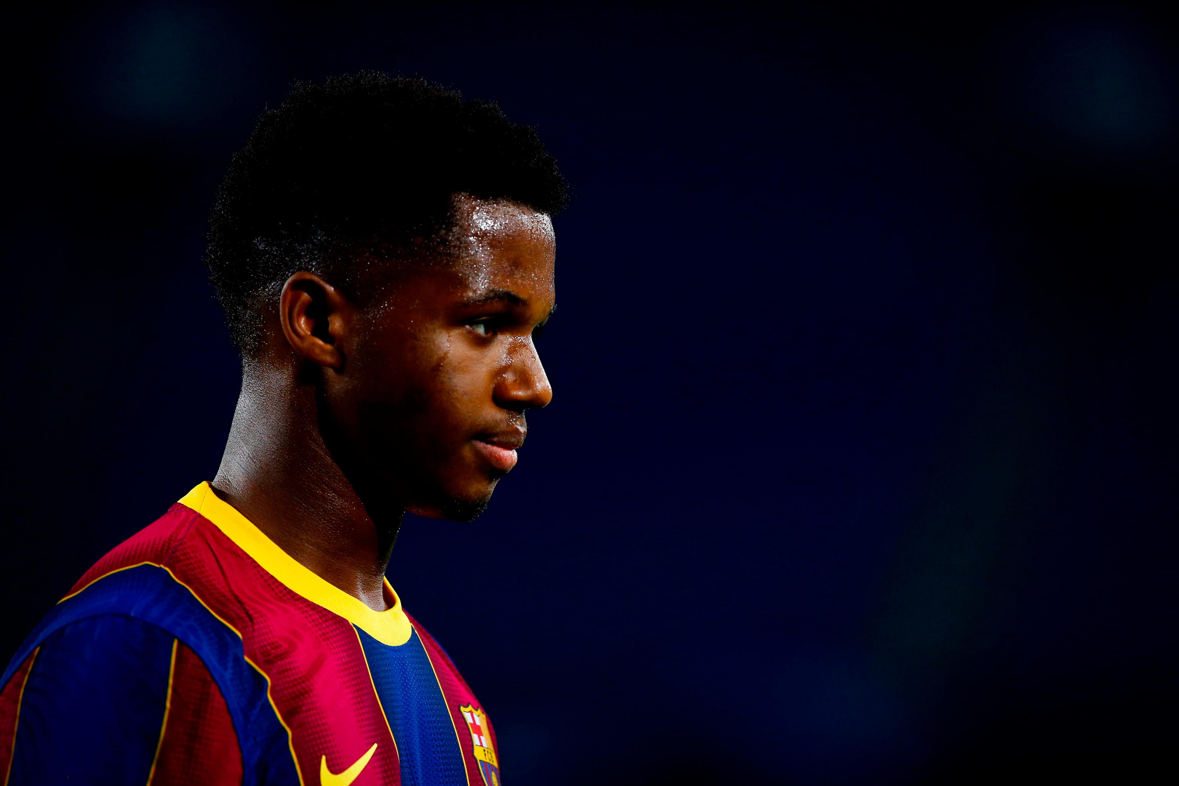 Ansu Fati lidera el ranking de los mejores juveniles del mundo (EFE/ Enric Fontcuberta)