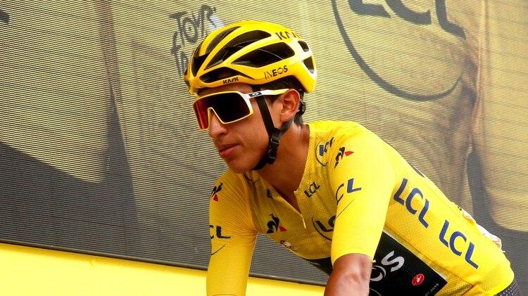 El campeón del Tour de Francia del 2019 estuvo en Europa hace algunas semanas y se sometió a la prueba del coronavirus. El año pasado se convirtió en el primer latinoamericano en ganar el Tour de Francia y el ganador más joven en 110 años. Foto: REUTERS/Gonzalo Fuentes
