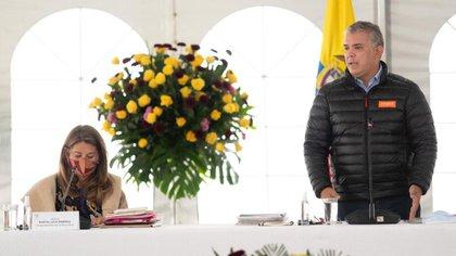Iván Duque en la cumbre de revisión de su administración, en la hacienda Hato Grande.