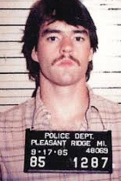 Freeman fue detenido por delitos menores, pero la acusación de asesinato del novio de su ex lo llevó a la condena a cadena perpetura. Foto policial