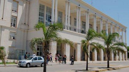 La Universidad Nacional de Córdoba aplazó el inicio de clases una semana