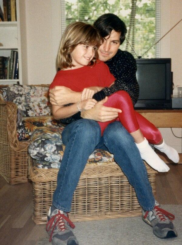 Al comienzo, Steve Jobs se negó a reconocer a su hija. (Grove Press/lisabrennanjobs.net)
