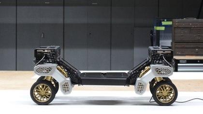 Esta preparado para usar sus cuatro ruedas o que sus extremos se transformen en patas (Hyundai)