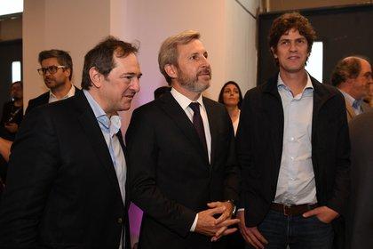El ministro del Interior Rogelio Frigerio y el diputado y senador electo Martín Lousteau