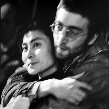 Ella fue quien inspiró al Lennon pacifista, el hombre que se preocupaba por otros seres humanos, el activista. (Herb Schmitz/Shutterstock)