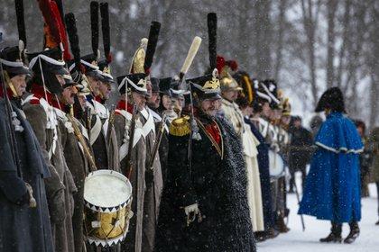 """""""Me emociona mucho estar presente en esta ceremonia, símbolo del respeto mutuo de las partes"""", declaró el príncipe Joachim Murat, tataranieto del famoso mariscal de Napoleón (Dimitar DILKOFF / AFP)"""