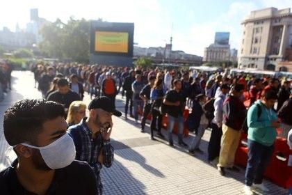 La Argentina vivió su primer día de cuarentena el viernes (REUTERS/Matias Baglietto)