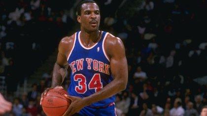 Oakley jugó 19 temporadas en la NBA, donde pasó la mayor parte de su carrera con los Knicks