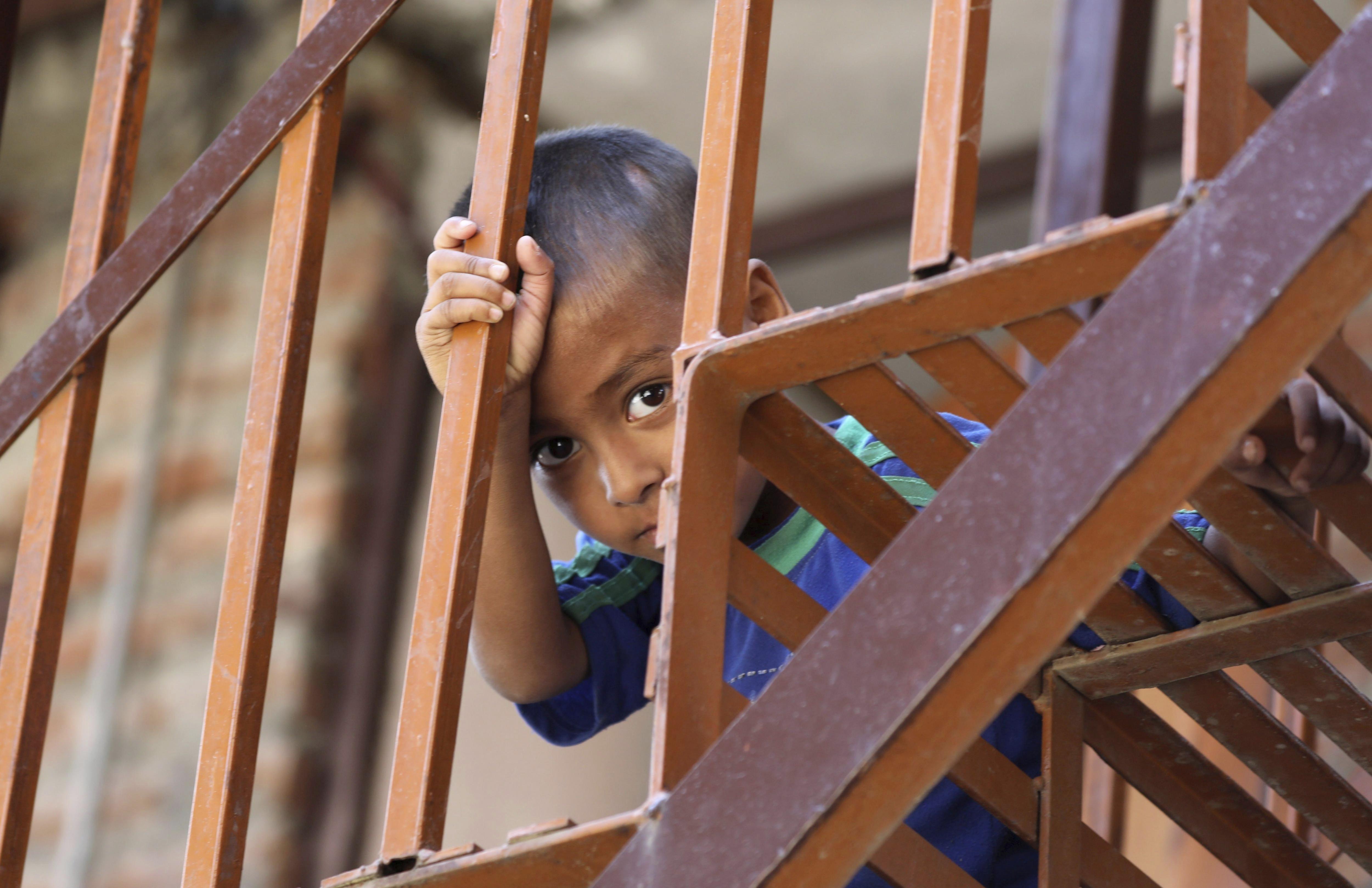 """""""La mayoría de los chicos que padecen esta afección no son blancos"""", advirtió el neurólogo Omar Abdel-Mannan (EFE)"""