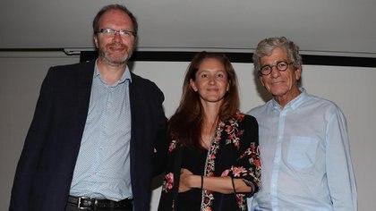 Diego Golombek, María Roca y Eilon Vaadia, los tres disertantes en una conferencia sobre neurociencia y creatividad