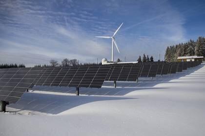 El acuerdo pretende impedir la puesta en marcha de plantas con energía renovable dijo el CCE (Foto: Archivo)