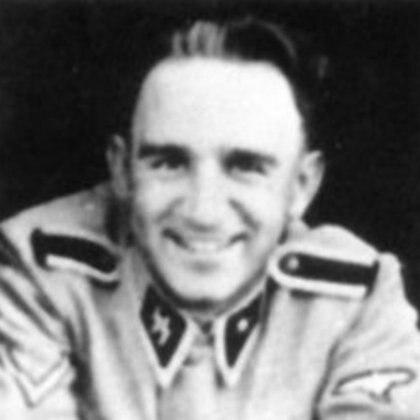 Josef Schwammberger integró las SS y fue sindicado como criminal de guerra. Fue comandante de tres campos de concentración en la zona de Cracovia entre 1942 y 1944