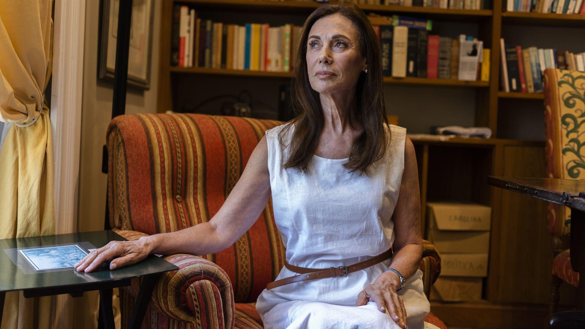 Tamara Chichilnisky de Di Tella nació en Buenos Aires en 1948 e hizo sus estudios en ciencia política en la Universidad de Stanford, Estados Unidos, y en la London School of Economics, en Inglaterra
