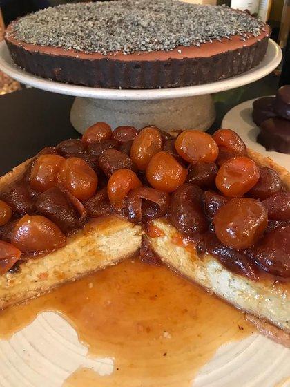 Cheesecake de lima con quinotos en almíbar