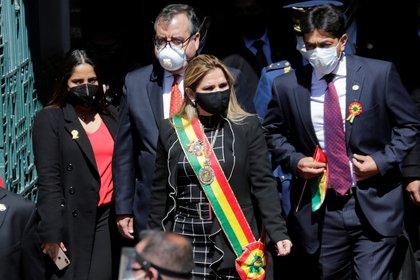 La presidenta Jeanine Anez volvió a convocar a un diálogo este domingo