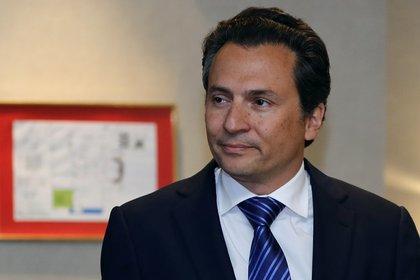 Emilio Lozoya habría señalado al menos a 17 funcionarios en su denuncia de hechos ante la FGR (Foto: EFE)