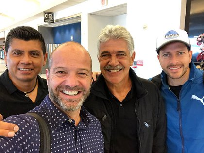 When Ricardo arrived in the interim management of the Mexican national team in 2018, Garcia Bustigo and Toca crossed paths at the US International Airport (Photo: Instagram @ garciaposti)