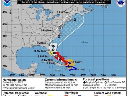 El sureste de las Bahamas bajo los efectos del huracán Isaías
