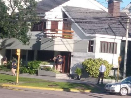Allanamiento a uno de los domicilios de ex integrantes de Vicentin (Foto: Punto Biz)