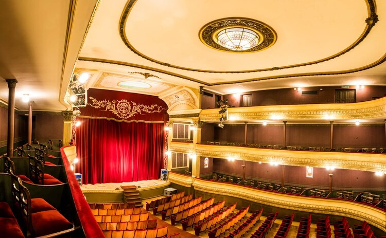 Teatro Español de Azul
