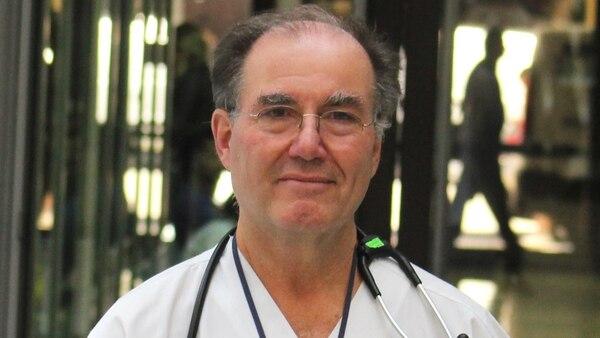 El doctor Pablo Raffaele, jefe de la Unidad Renal en la Fundación Favaloro, que encabezó el trasplante renal cruzado