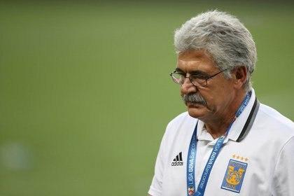 El experimentado técnico reconoció que está preocupado por el rendimiento del plantel en los últimos juegos a una fecha del cierre del campeonato regular (Foto: Edgard Garrido/ Reuters)