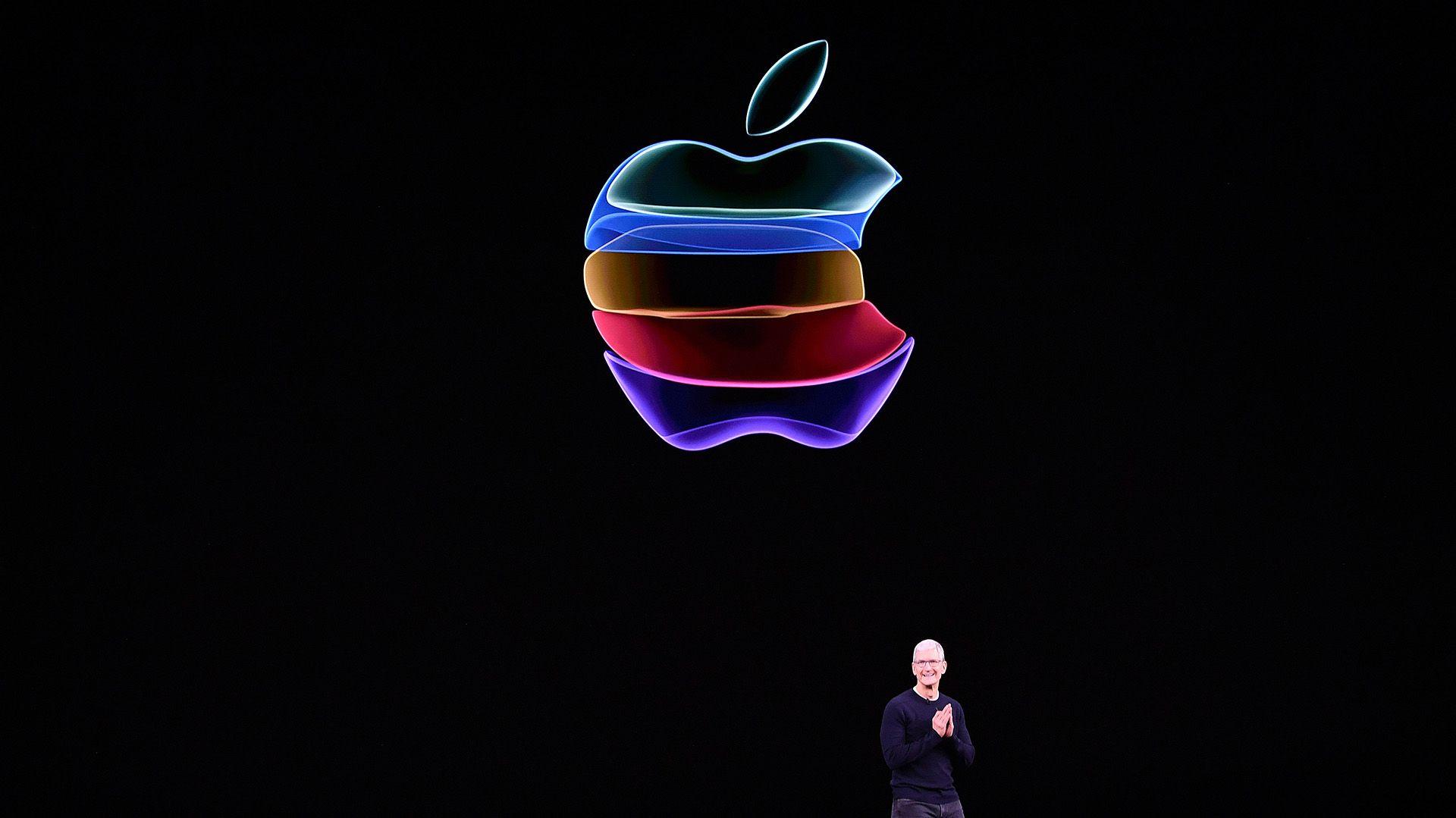 El precio de las nuevas versiones del iPhone 11 Pro serán las más costosas del mercado tecnológico. (Foto: Josh Edelson/AFP)