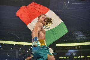 Quién es Caleb Plant, boxeador al que retó Canelo Álvarez tras victoria contra Saunders