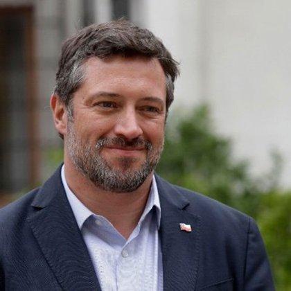 El ex ministro y ex presidente de Banco Estado, Sebastián Sichel