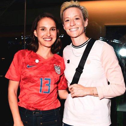 La actriz Natalie Portman junto a la futbolista Megan Rapinoe (Instagram)