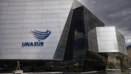 El edificio de UNASUR en Quito