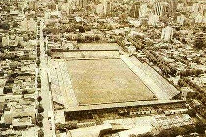 Imagen tomada en 1965 que refleja el resultado de la remodelación del estadio