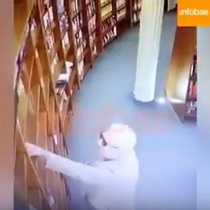 El embajador de México en Argentina, sorprendido mientras trataba de hurtar un libro en la icónica librería de El Ateneo en Buenos Aires (Foto: Archivo)