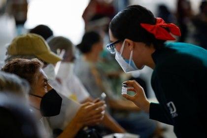 La epidemia de COVID-19 ha presentado importantes decrementos en las últimas semanas (Foto: Reuters / Carlos Jasso)