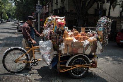 Los ofertantes de productos empaquetados utilizan diferentes estrategias publicitarias para promocionar sus bienes (Foto: Andrea Murcia / Cuartoscuro)