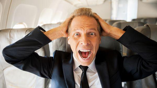 Cómo es vivir con miedo a volar en avión