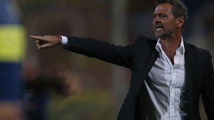 En la imagen, Diego Cocca, director técnico de Rosario Central. EFE/Marcelo Ruiz/Archivo