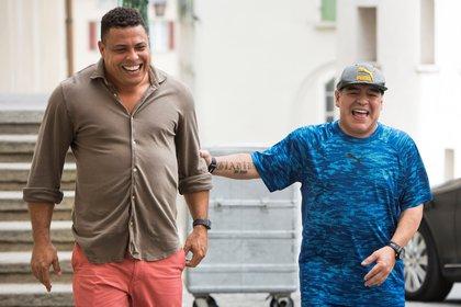 Ronaldo recordó a Maradona con una emocionante anécdota - EFE