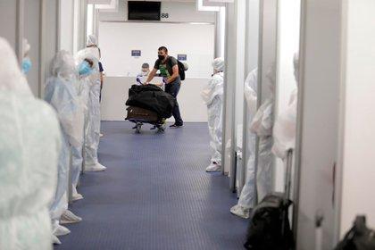 Los testeos en el aeropuerto de Ezeiza