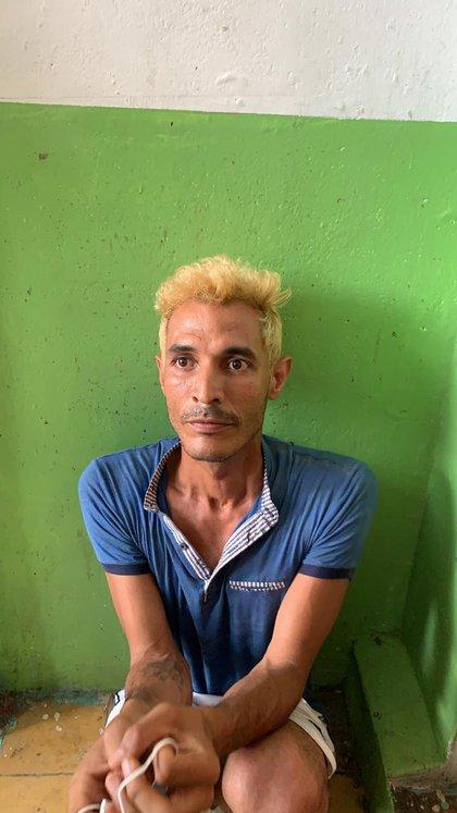 Luis Nehomar García Aponte, alias Chómpiras, presunto asesino al momento de la captura. Foto: Fiscalía.