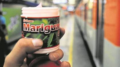 La pomada de Mariguanol es uno de los productos más vendidos en las calles. (Foto: Especial)