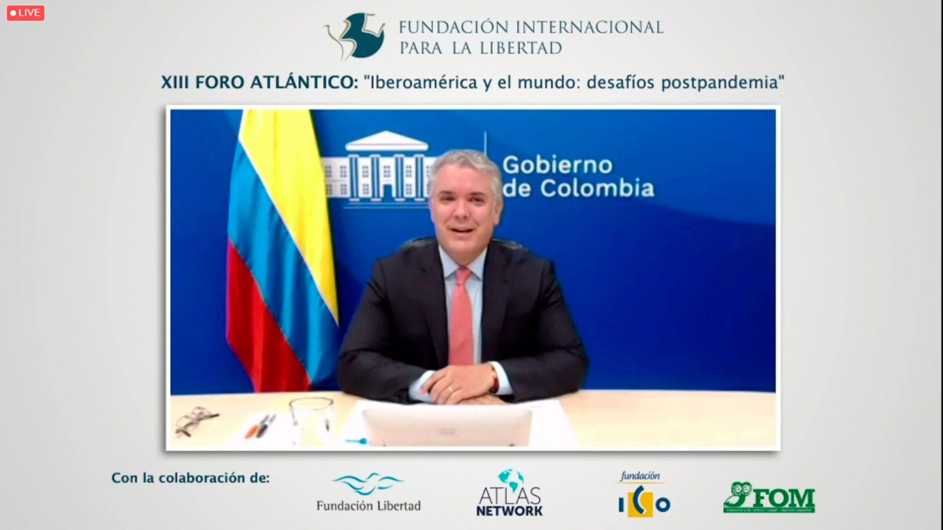 El presidente chileno Santiago Piñera habla en el Foro de la Fundación Internacional para la Libertad