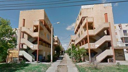 La familia de la gitana vive en el Barrio Athuel, de Santa Rosa, La Pampa (Google Street View)