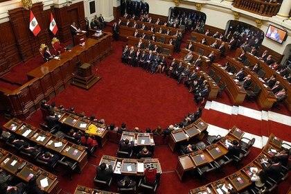El Congreso no aprobó la moción con el presidente peruano